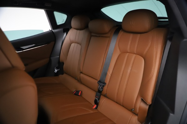 New 2021 Maserati Levante GranSport for sale $73,900 at Alfa Romeo of Greenwich in Greenwich CT 06830 19