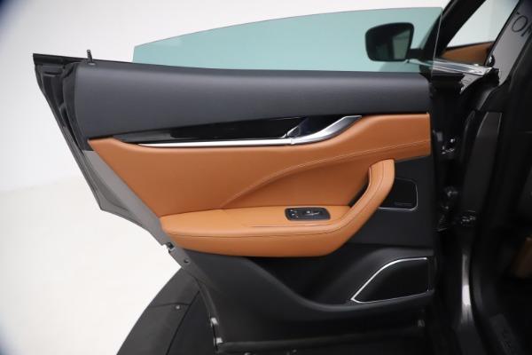 New 2021 Maserati Levante GranSport for sale $73,900 at Alfa Romeo of Greenwich in Greenwich CT 06830 20