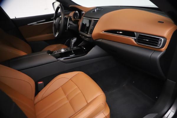 New 2021 Maserati Levante GranSport for sale $73,900 at Alfa Romeo of Greenwich in Greenwich CT 06830 21