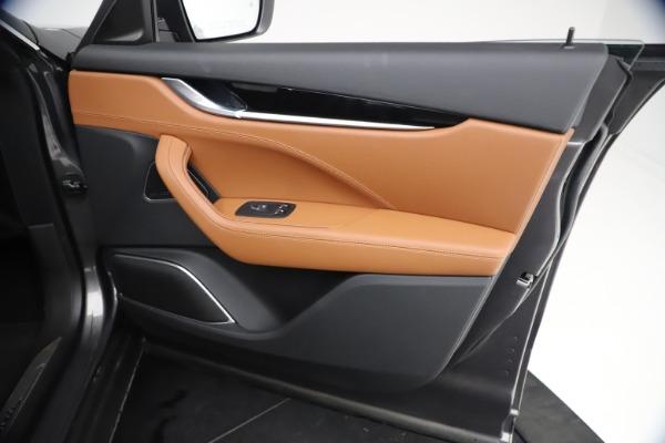 New 2021 Maserati Levante GranSport for sale $73,900 at Alfa Romeo of Greenwich in Greenwich CT 06830 23