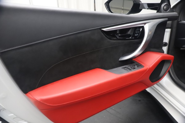 Used 2017 Acura NSX SH-AWD Sport Hybrid for sale $139,900 at Alfa Romeo of Greenwich in Greenwich CT 06830 16