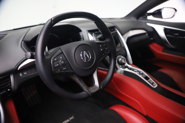 Used 2017 Acura NSX SH-AWD Sport Hybrid for sale $139,900 at Alfa Romeo of Greenwich in Greenwich CT 06830 20
