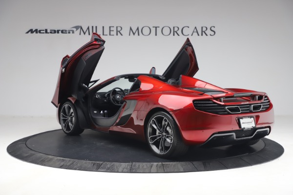 Used 2013 McLaren MP4-12C Spider for sale $134,900 at Alfa Romeo of Greenwich in Greenwich CT 06830 16