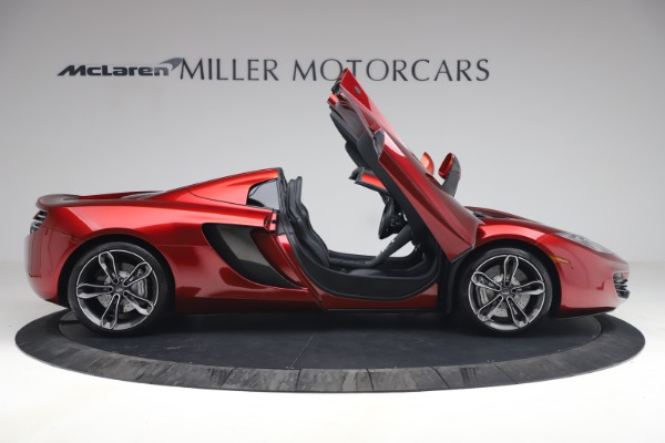 Used 2013 McLaren MP4-12C Spider for sale $134,900 at Alfa Romeo of Greenwich in Greenwich CT 06830 19