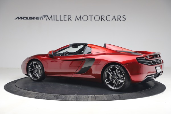 Used 2013 McLaren MP4-12C Spider for sale $134,900 at Alfa Romeo of Greenwich in Greenwich CT 06830 4