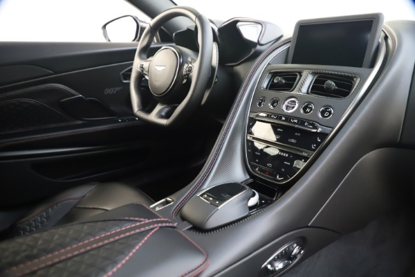 New 2021 Aston Martin DBS Superleggera 007 for sale $391,211 at Alfa Romeo of Greenwich in Greenwich CT 06830 17