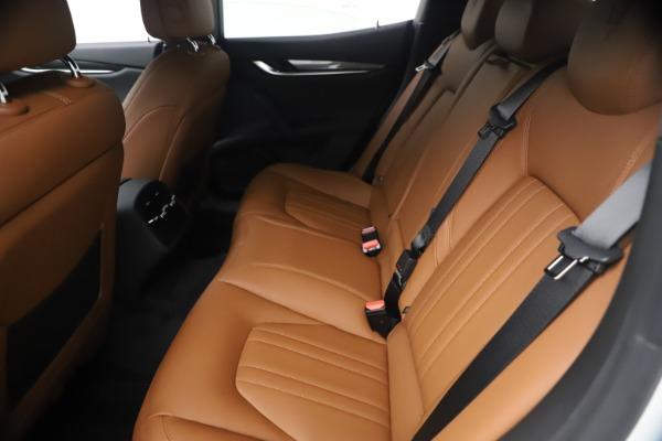 New 2021 Maserati Ghibli SQ4 for sale $85,804 at Alfa Romeo of Greenwich in Greenwich CT 06830 20