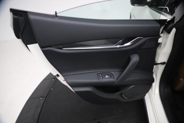 New 2021 Maserati Ghibli SQ4 for sale $85,804 at Alfa Romeo of Greenwich in Greenwich CT 06830 22