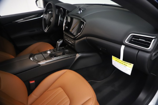 New 2021 Maserati Ghibli SQ4 for sale $85,804 at Alfa Romeo of Greenwich in Greenwich CT 06830 23