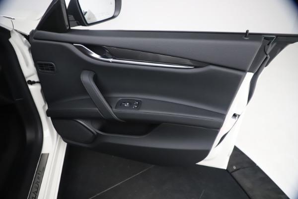 New 2021 Maserati Ghibli SQ4 for sale $85,804 at Alfa Romeo of Greenwich in Greenwich CT 06830 25