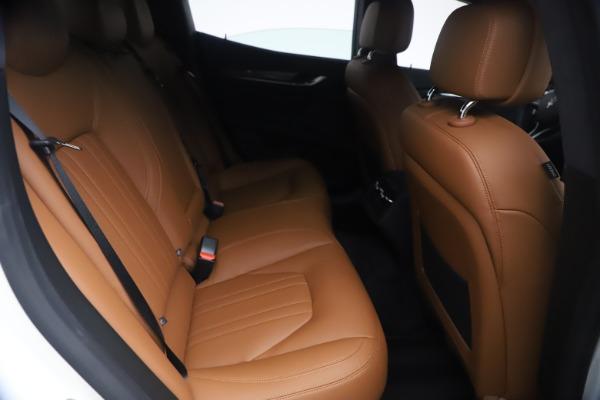 New 2021 Maserati Ghibli SQ4 for sale $85,804 at Alfa Romeo of Greenwich in Greenwich CT 06830 27