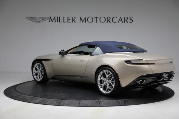 Used 2019 Aston Martin DB11 Volante for sale $209,900 at Alfa Romeo of Greenwich in Greenwich CT 06830 27