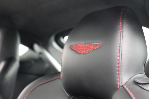 Used 2015 Aston Martin V12 Vantage S for sale $119,900 at Alfa Romeo of Greenwich in Greenwich CT 06830 19