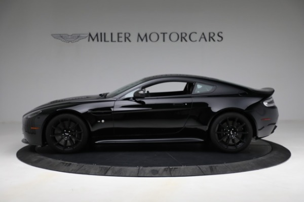 Used 2015 Aston Martin V12 Vantage S for sale $119,900 at Alfa Romeo of Greenwich in Greenwich CT 06830 2