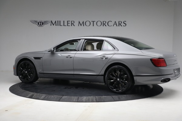 New 2022 Bentley Flying Spur Flying Spur V8 for sale Call for price at Alfa Romeo of Greenwich in Greenwich CT 06830 4