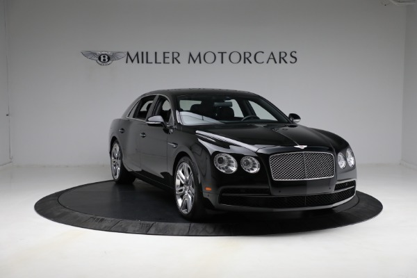Used 2017 Bentley Flying Spur V8 for sale $144,900 at Alfa Romeo of Greenwich in Greenwich CT 06830 11