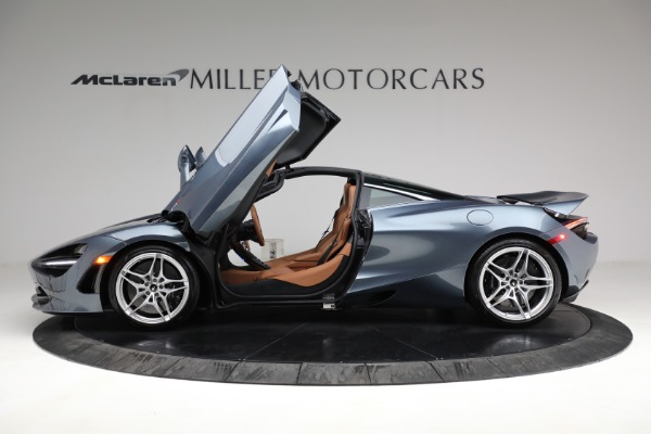 Used 2019 McLaren 720S Luxury for sale Call for price at Alfa Romeo of Greenwich in Greenwich CT 06830 14