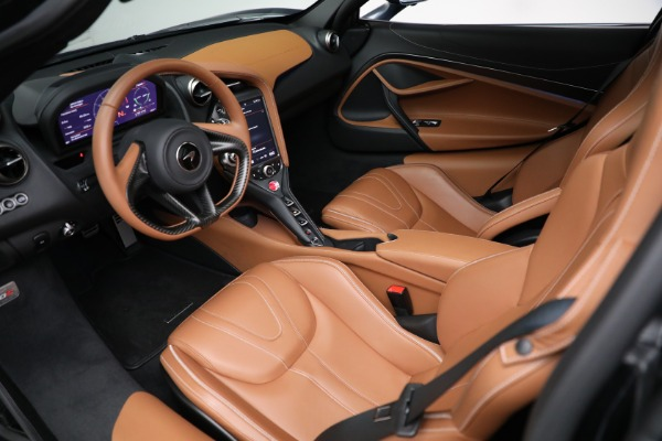 Used 2019 McLaren 720S Luxury for sale Call for price at Alfa Romeo of Greenwich in Greenwich CT 06830 16