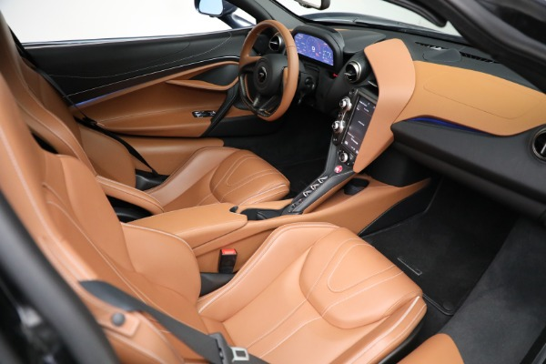 Used 2019 McLaren 720S Luxury for sale Call for price at Alfa Romeo of Greenwich in Greenwich CT 06830 19