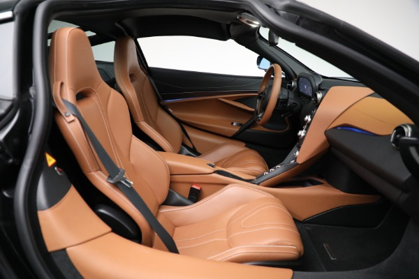 Used 2019 McLaren 720S Luxury for sale Call for price at Alfa Romeo of Greenwich in Greenwich CT 06830 20