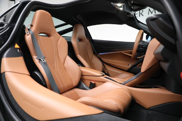 Used 2019 McLaren 720S Luxury for sale Call for price at Alfa Romeo of Greenwich in Greenwich CT 06830 21