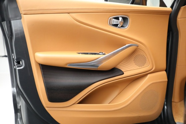 New 2021 Aston Martin DBX for sale $203,886 at Alfa Romeo of Greenwich in Greenwich CT 06830 14
