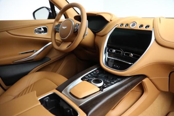 New 2021 Aston Martin DBX for sale $203,886 at Alfa Romeo of Greenwich in Greenwich CT 06830 19