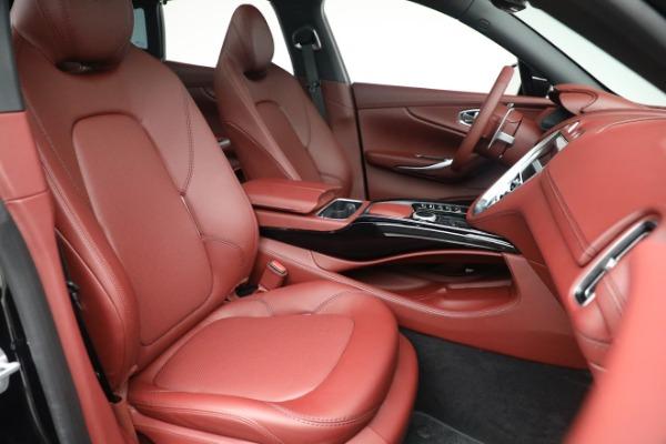 New 2021 Aston Martin DBX for sale $200,686 at Alfa Romeo of Greenwich in Greenwich CT 06830 21
