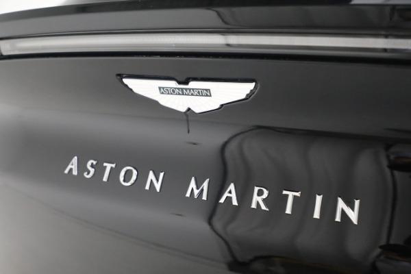 New 2021 Aston Martin DBX for sale $200,686 at Alfa Romeo of Greenwich in Greenwich CT 06830 24