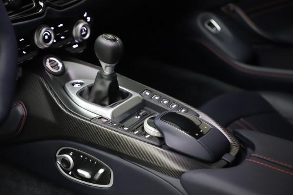 New 2021 Aston Martin Vantage for sale $189,686 at Alfa Romeo of Greenwich in Greenwich CT 06830 16