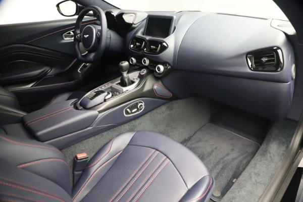New 2021 Aston Martin Vantage for sale $189,686 at Alfa Romeo of Greenwich in Greenwich CT 06830 19