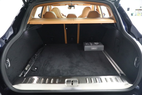 New 2021 Aston Martin DBX for sale $209,586 at Alfa Romeo of Greenwich in Greenwich CT 06830 23