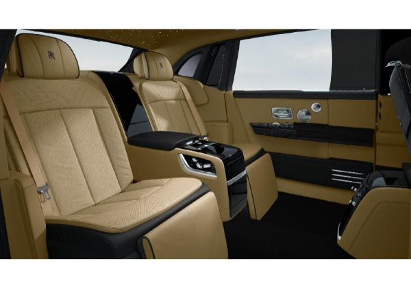 New 2022 Rolls-Royce Phantom EWB for sale Call for price at Alfa Romeo of Greenwich in Greenwich CT 06830 6