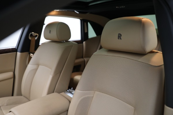 Used 2011 Rolls-Royce Ghost for sale Call for price at Alfa Romeo of Greenwich in Greenwich CT 06830 14