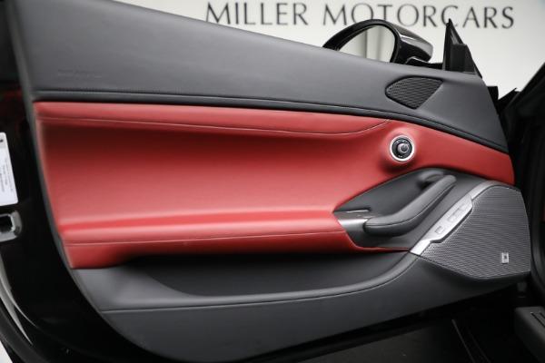 Used 2019 Ferrari Portofino for sale $249,900 at Alfa Romeo of Greenwich in Greenwich CT 06830 27