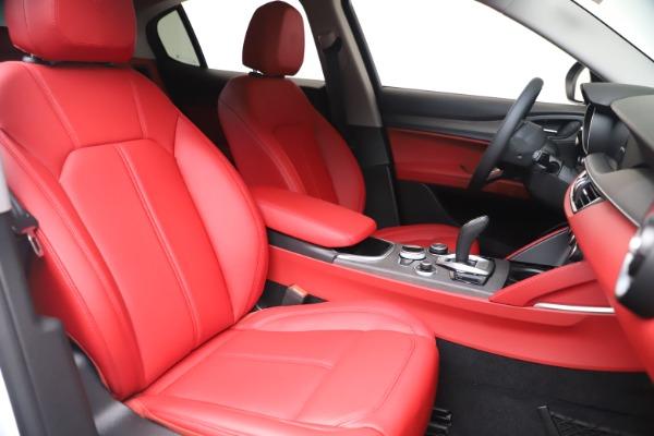 New 2021 Alfa Romeo Stelvio Ti Q4 for sale $53,740 at Alfa Romeo of Greenwich in Greenwich CT 06830 21