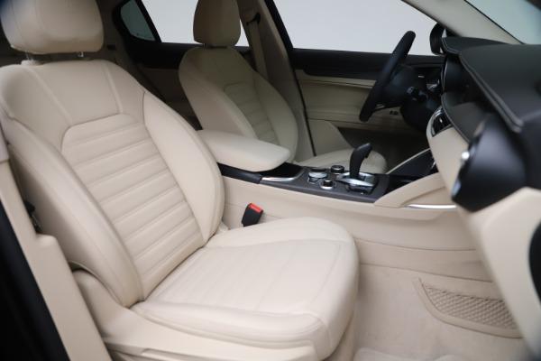 New 2021 Alfa Romeo Stelvio Ti Q4 for sale $54,755 at Alfa Romeo of Greenwich in Greenwich CT 06830 21