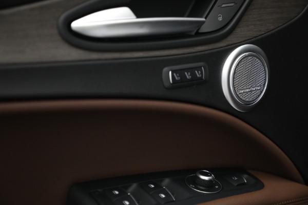 New 2021 Alfa Romeo Stelvio Ti Q4 for sale $54,840 at Alfa Romeo of Greenwich in Greenwich CT 06830 20