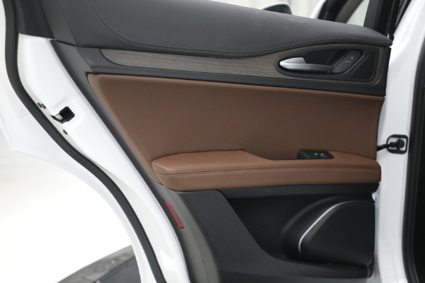 New 2021 Alfa Romeo Stelvio Ti Q4 for sale $54,840 at Alfa Romeo of Greenwich in Greenwich CT 06830 26