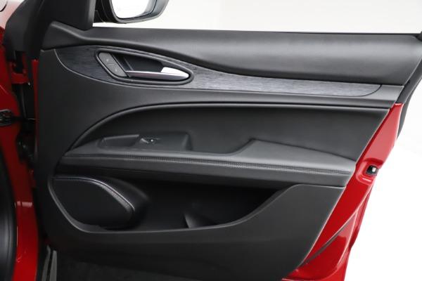 New 2021 Alfa Romeo Stelvio Q4 for sale $50,535 at Alfa Romeo of Greenwich in Greenwich CT 06830 25