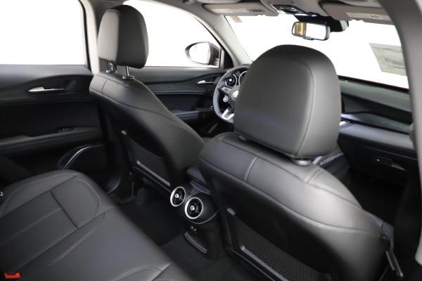 New 2021 Alfa Romeo Stelvio Q4 for sale $50,535 at Alfa Romeo of Greenwich in Greenwich CT 06830 26
