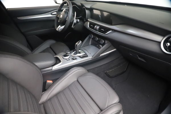New 2021 Alfa Romeo Stelvio Ti Sport Q4 for sale $56,900 at Alfa Romeo of Greenwich in Greenwich CT 06830 18
