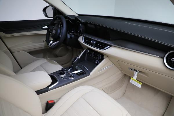 New 2021 Alfa Romeo Stelvio Ti Q4 for sale $55,205 at Alfa Romeo of Greenwich in Greenwich CT 06830 27