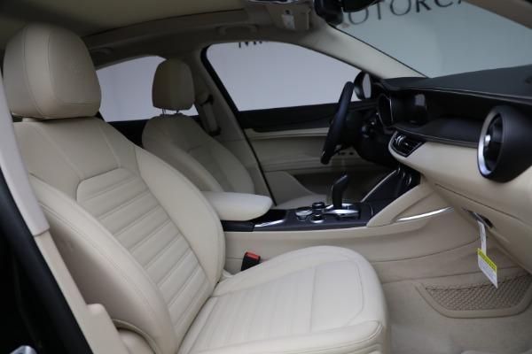 New 2021 Alfa Romeo Stelvio Ti Q4 for sale $55,205 at Alfa Romeo of Greenwich in Greenwich CT 06830 28