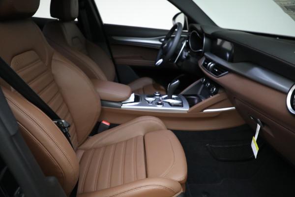 New 2021 Alfa Romeo Stelvio Ti Sport Q4 for sale Sold at Alfa Romeo of Greenwich in Greenwich CT 06830 20