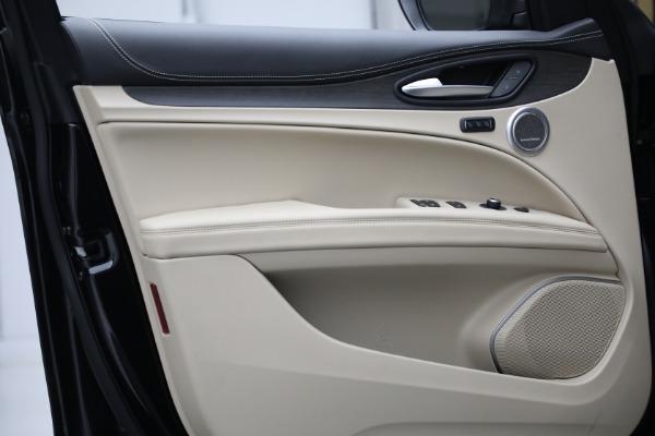 New 2021 Alfa Romeo Stelvio Ti Q4 for sale $57,400 at Alfa Romeo of Greenwich in Greenwich CT 06830 13