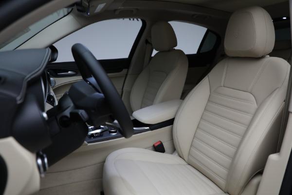 New 2021 Alfa Romeo Stelvio Ti Q4 for sale $57,400 at Alfa Romeo of Greenwich in Greenwich CT 06830 17