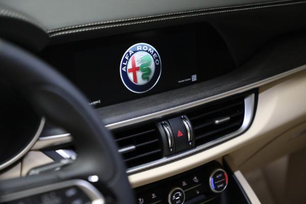 New 2021 Alfa Romeo Stelvio Ti Q4 for sale $57,400 at Alfa Romeo of Greenwich in Greenwich CT 06830 21