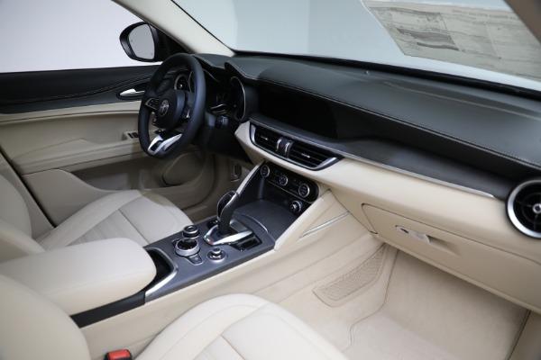 New 2021 Alfa Romeo Stelvio Ti Q4 for sale $57,400 at Alfa Romeo of Greenwich in Greenwich CT 06830 28