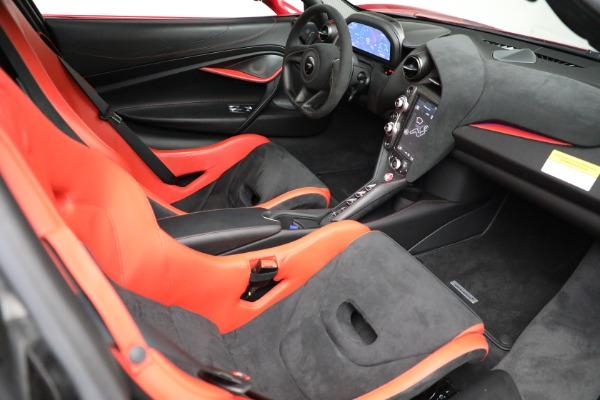 Used 2020 McLaren 720S Performance for sale $329,900 at Alfa Romeo of Greenwich in Greenwich CT 06830 21